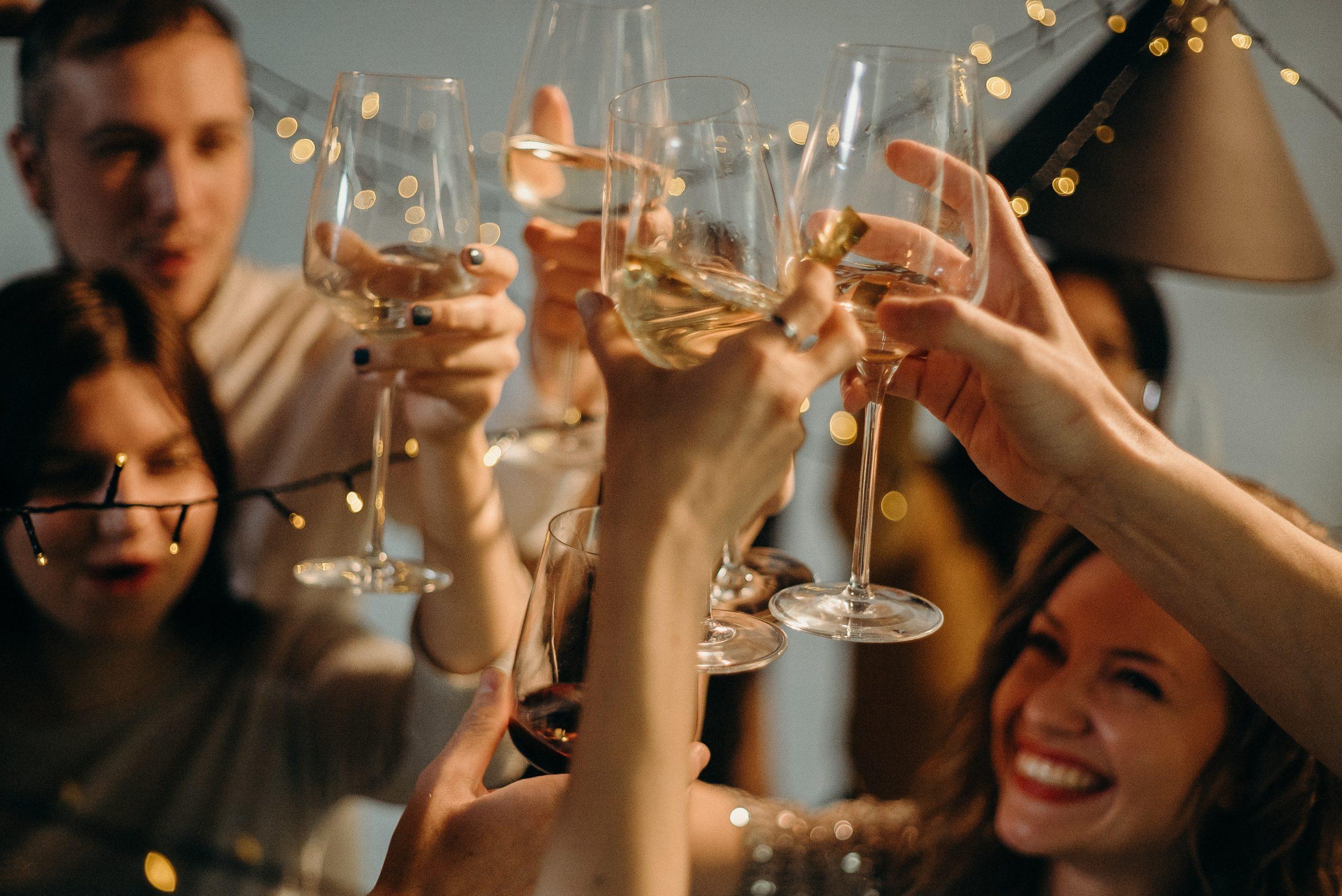 7 Ways to Stop Binge Drinking Alcohol